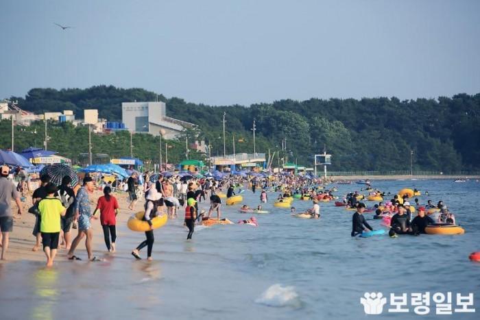 1-1.여름철 대천해수욕장.jpg